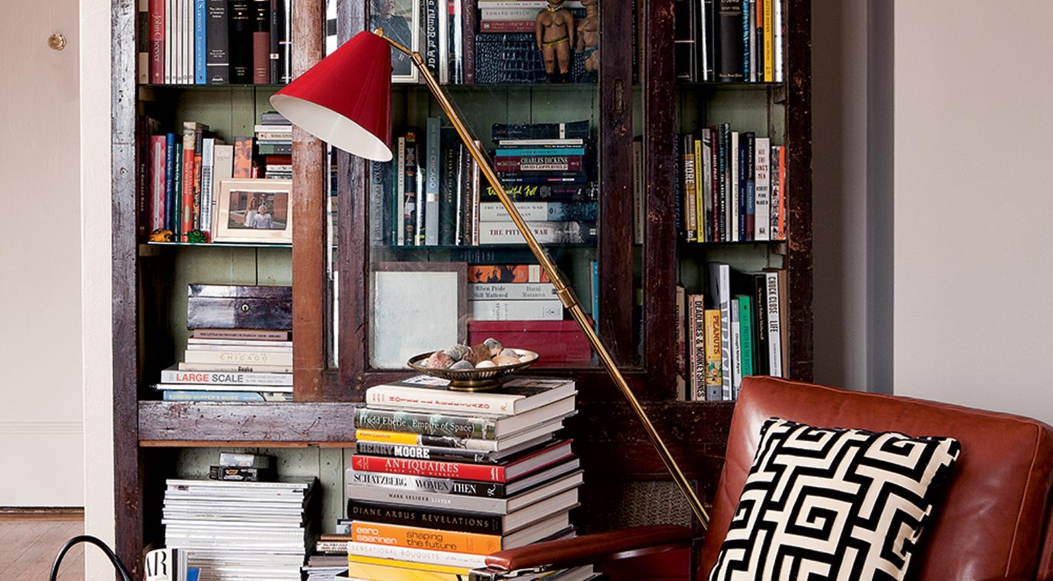 The Skillfully Styled Bookshelf