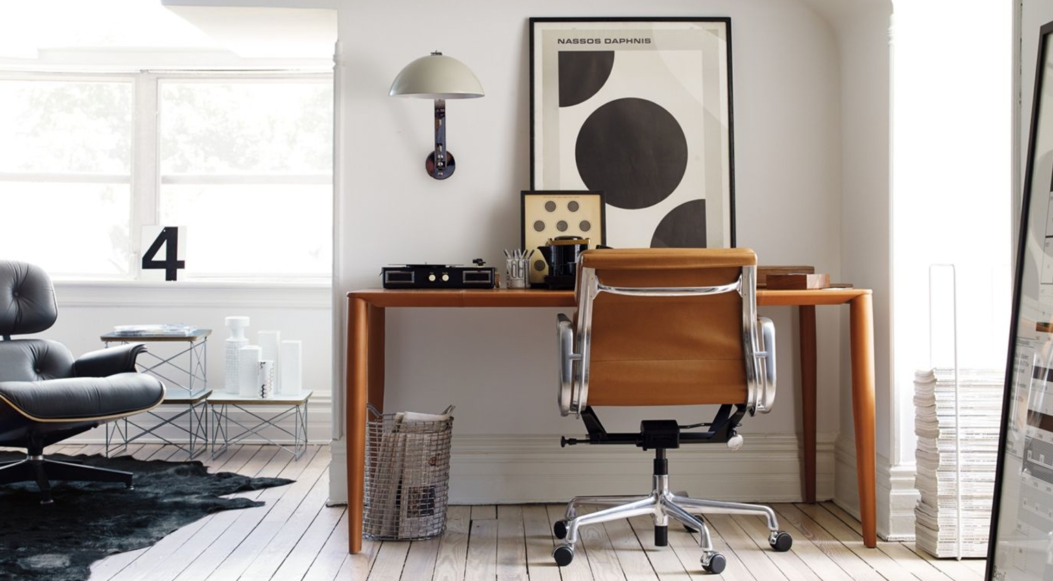 The well organized workspace valet for Design within reach desk