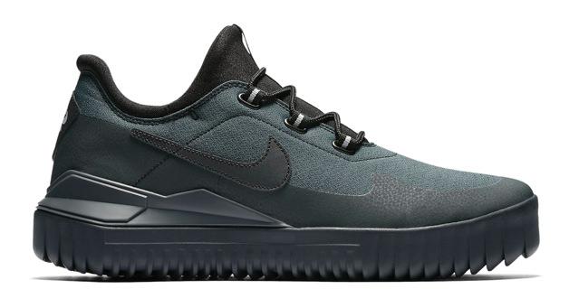 Nike Air Wild Sneaker