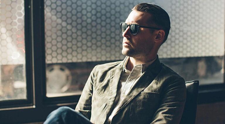 4 Ways to Style Your Summer Blazer | Valet.