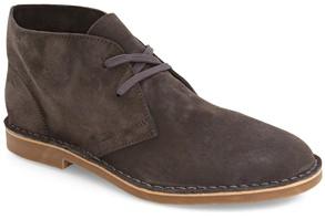 Robert Wayne Men's Chukka Boots