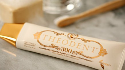 Theodent 300 Whitening Crystal Mint Toothpaste