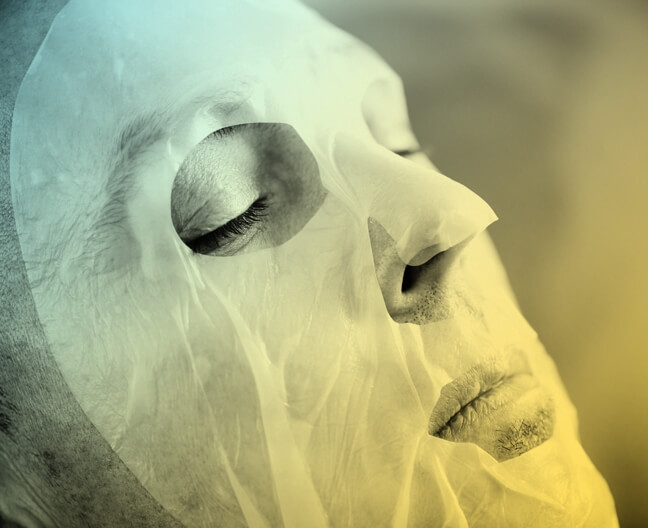 Men's moisturizing face mask