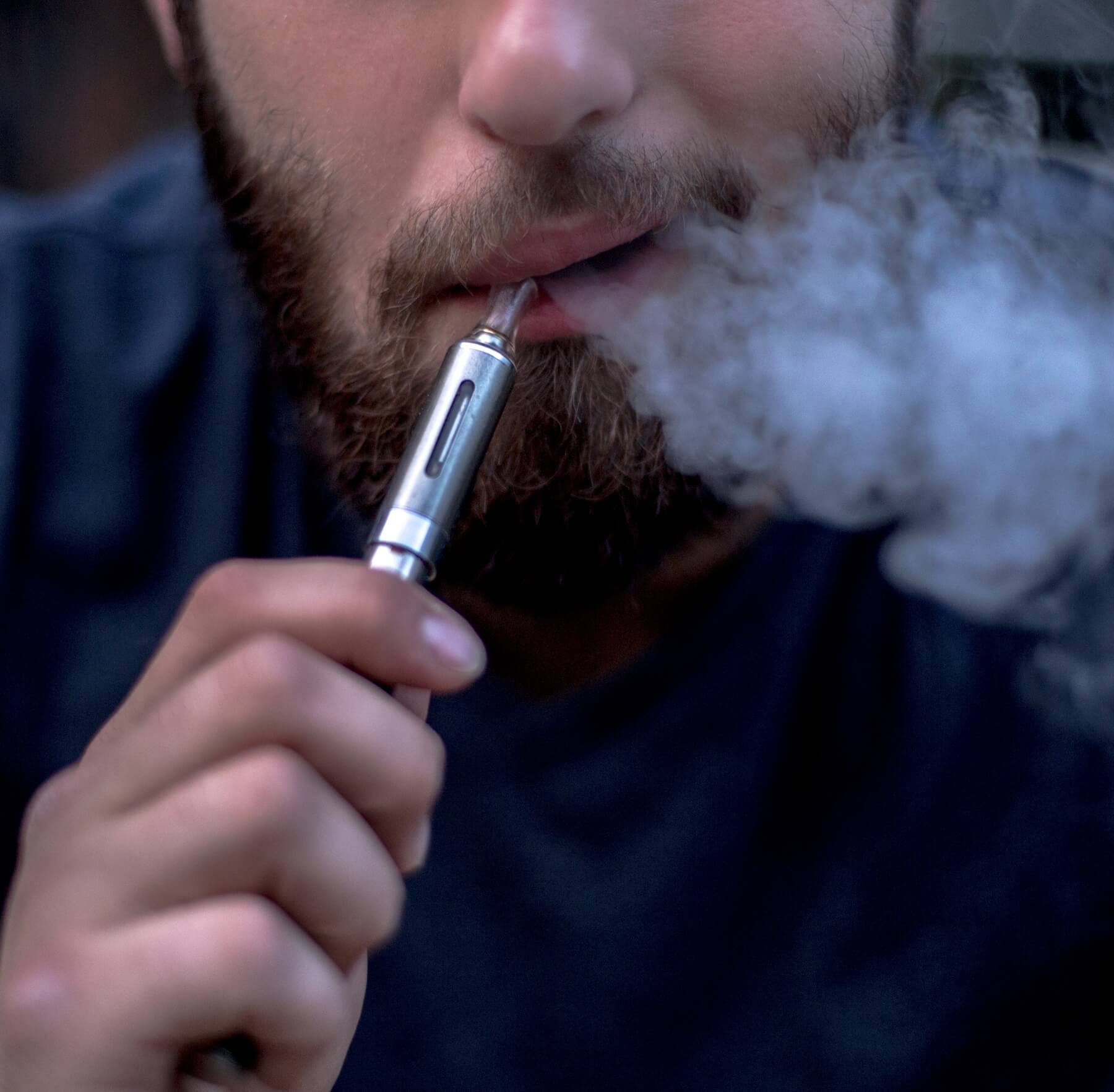 Juul vaping oral health risks
