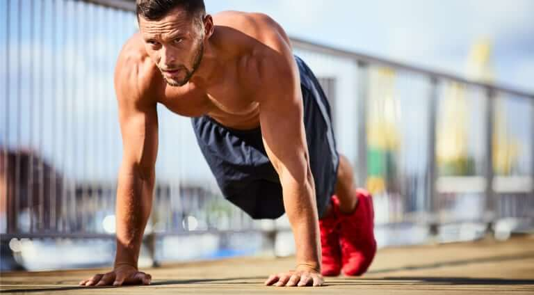 The Real Reason Why You Should Be Doing Push-Ups
