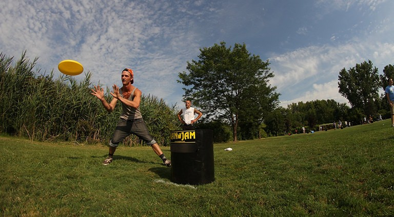 7 Backyard Games You Gotta Play This Summer