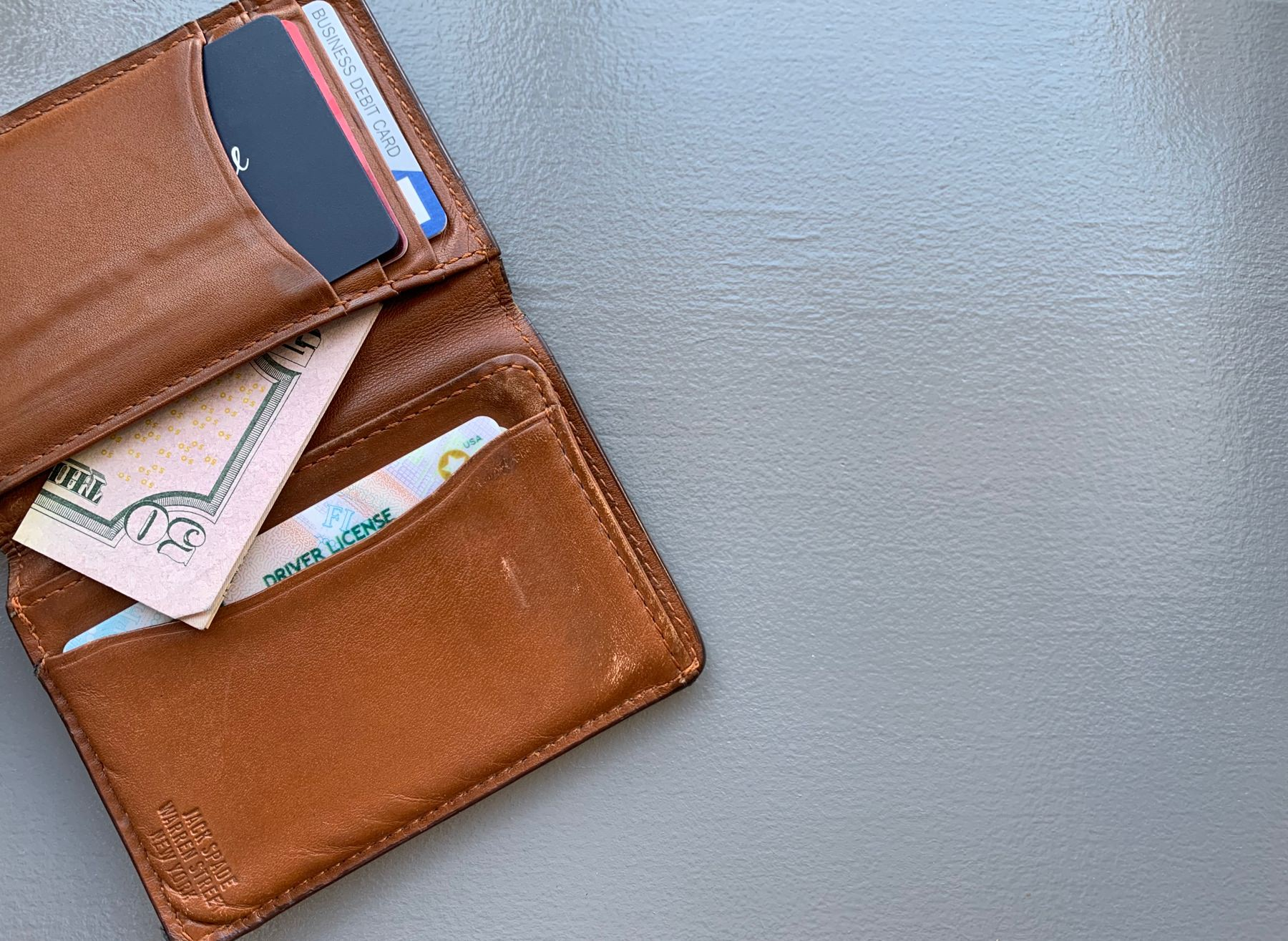Why you should be carry emergency cash in your wallet