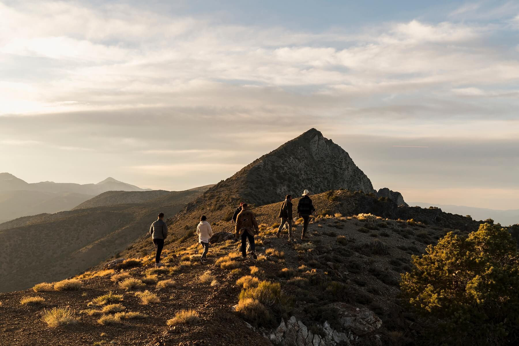Expertly-planned local guided trips by Airbnb Adventures