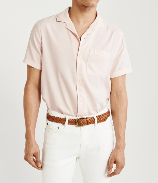 How to wear a solid color short sleeve shirt.