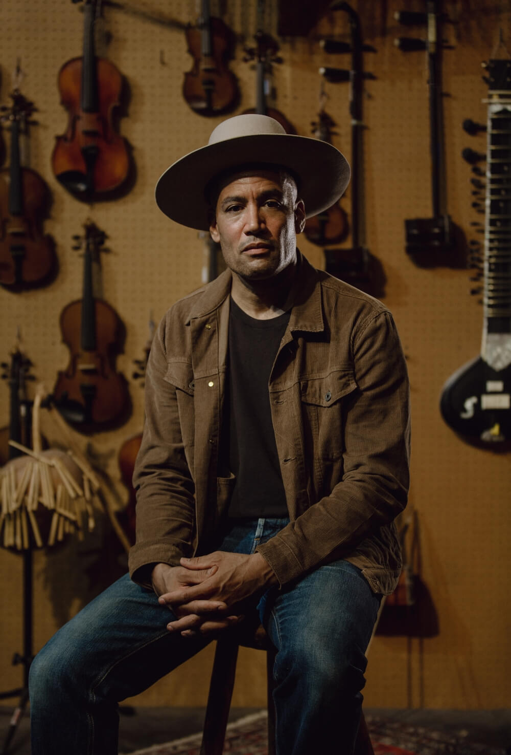 Ben Harper in the cord trucker from Flint and Tinder
