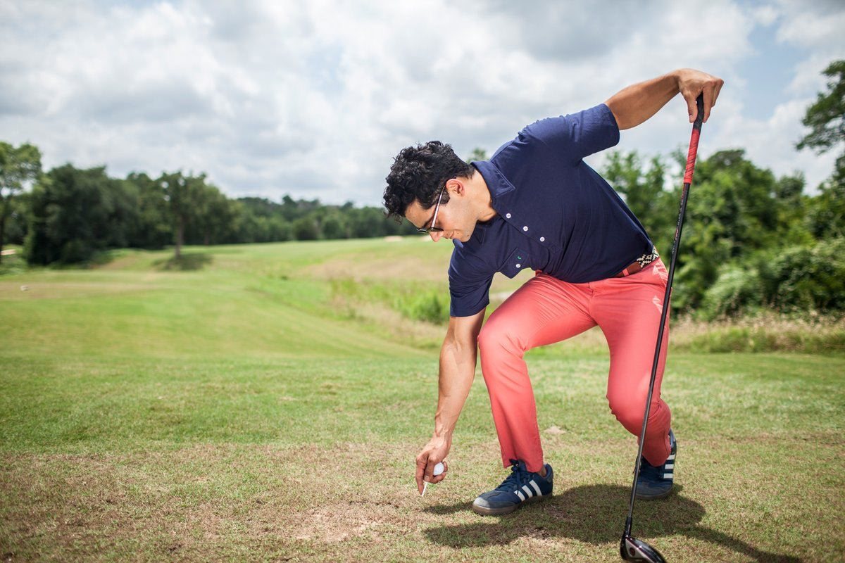 Stylish men's golf attire